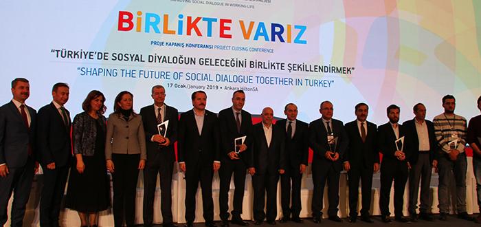 Genel Başkan Önder Kahveci, İLO'Nun Sosyal Diyalog Panelinde Konuştu