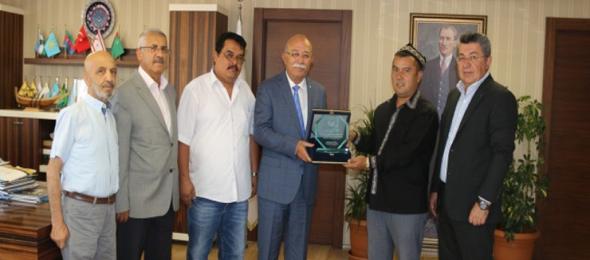 Dünya Türkistanlılar Derneği Başkanı Konfederasyonumuzu Ziyaret Etti