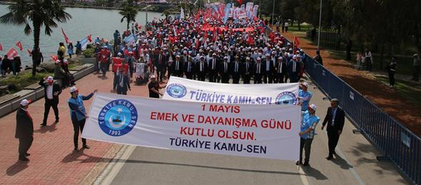 Aynı Azim, İnanç ve Kararlılıkla 100 Yıl Sonra Samsun'da 1 Mayıs'ı Kutladık
