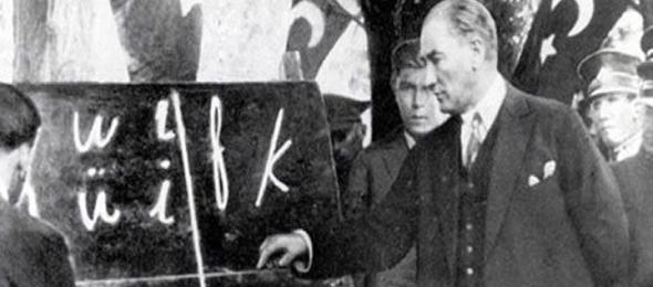 Kahveci: Dil, Millet Birliğini Sağlayan En Büyük Güçtür